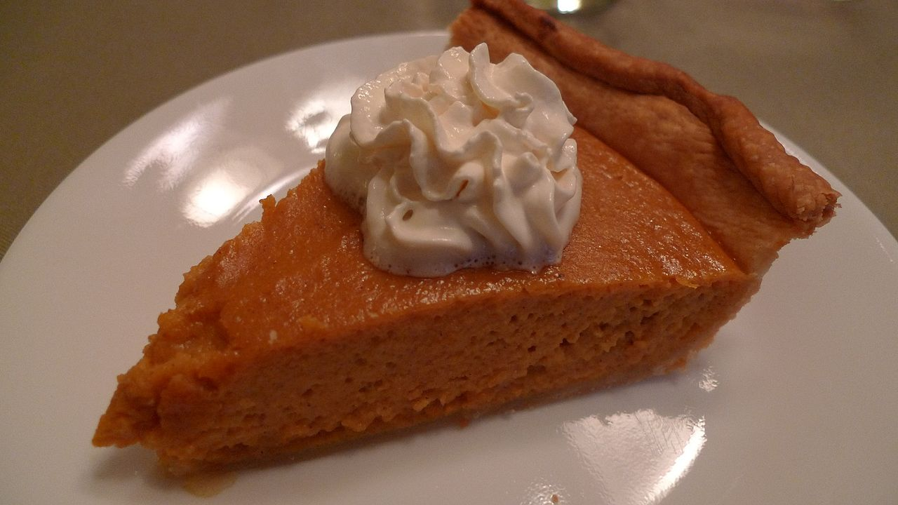 1280px-slice_of_pumpkin_pie_with_whipped_cream